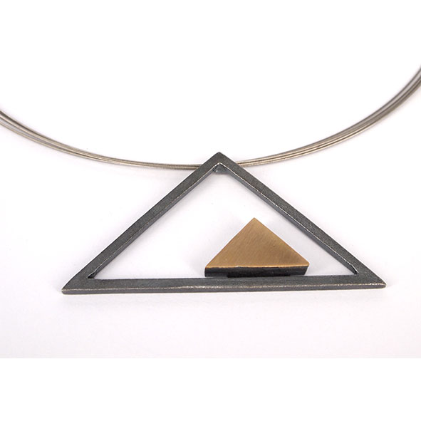 keops plata i or Penjoll triangle gran amb triangle dins- P 1086